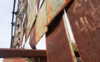 Image of rusty sign