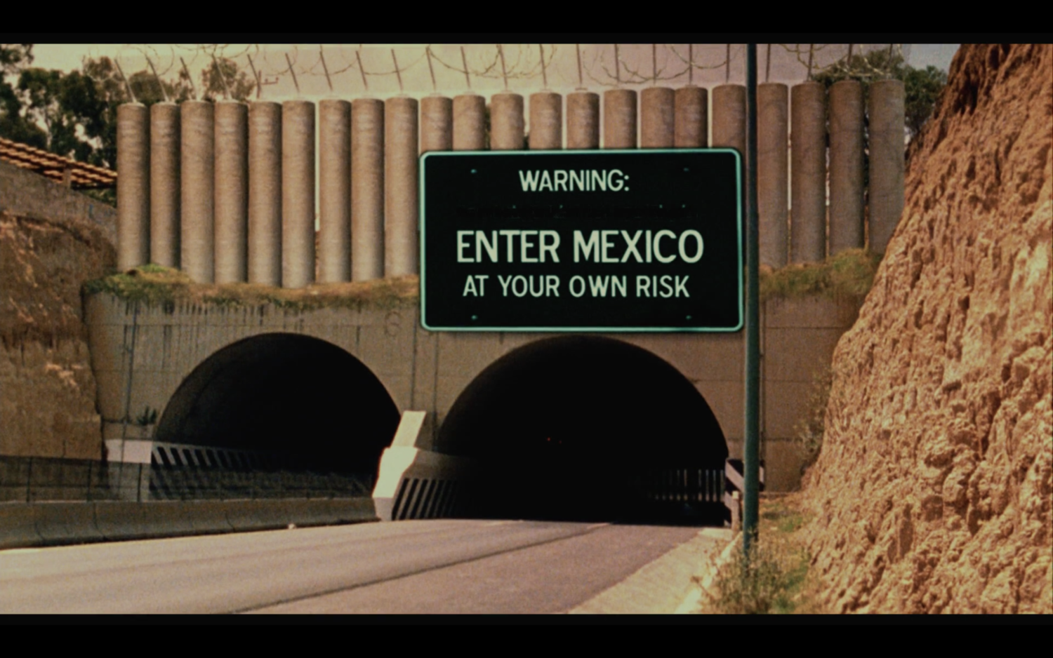 Figure 5. The view of the high-tech border wall from the perspective of Americans. Screenshot by the author.